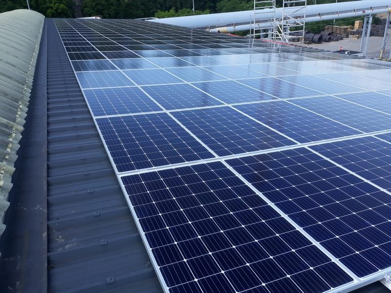 installation-panneaux-solaires-photovoltaiques-arcelor-mittal-ringmill-seraing-1