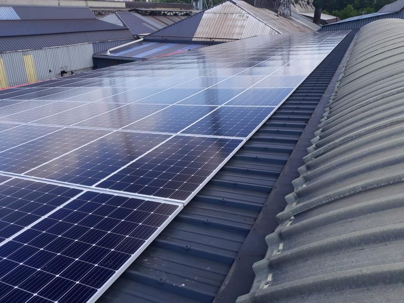 installation-panneaux-solaires-photovoltaiques-arcelor-mittal-ringmill-seraing-3